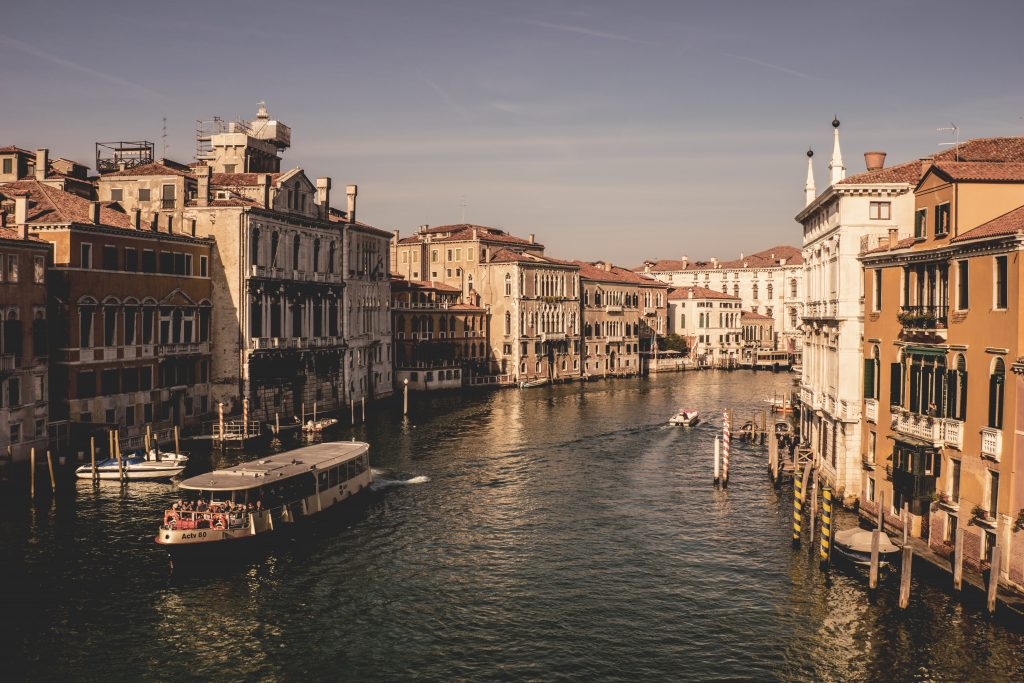 invest in Italy real estate