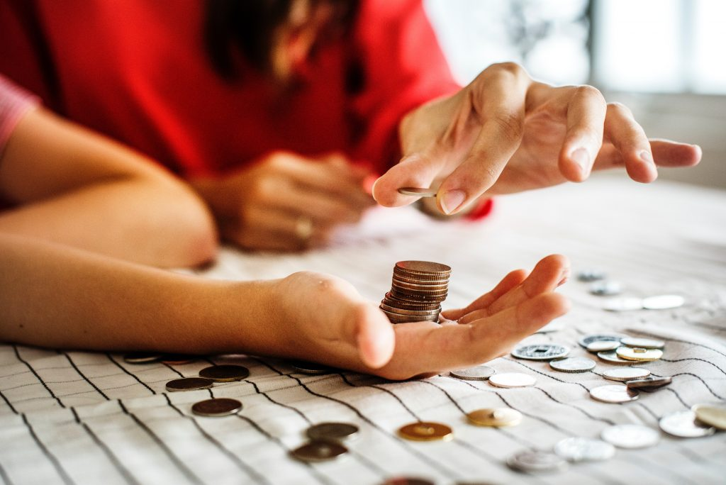 counting money to invest