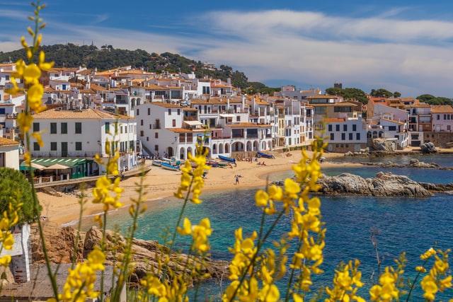 Invertir en bienes raíces en España